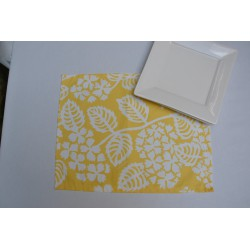 Wipe clean placemats Hydrangea yellow