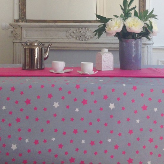 Wipe clean tablecloth Stars Gray/pink