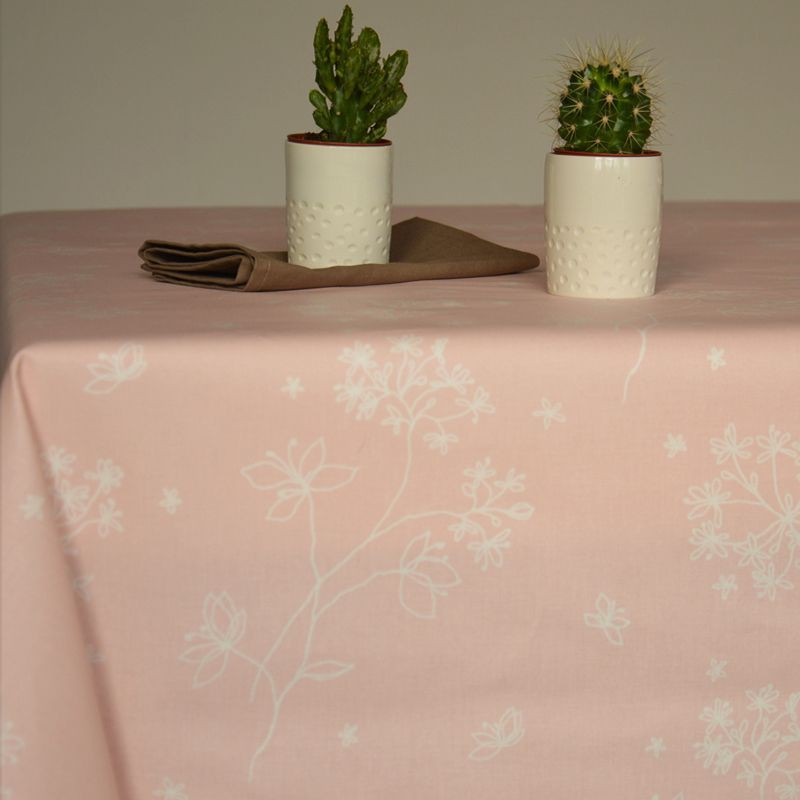 how to wipe a table clean
