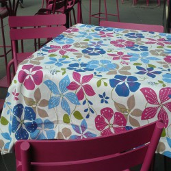 Wipe clean tablecloth Nasturtium blue/pink