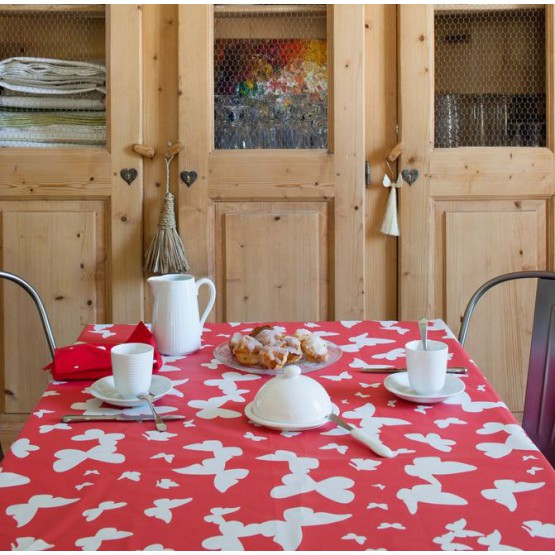 Wipe clean tablecloth Butterfly red round or oval