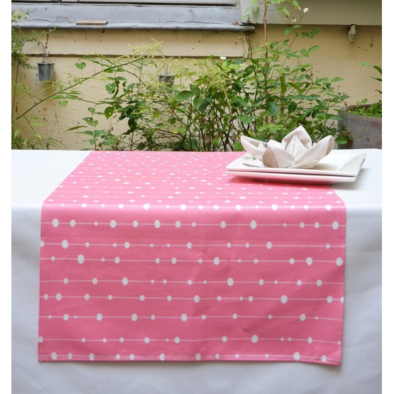 Chemin de table Perle rose