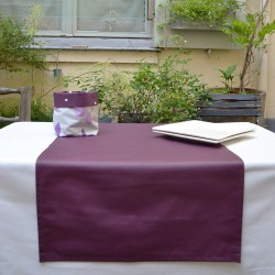 Wipe clean table runner Plain purple