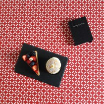 Wipe clean tablecloth Mosaic red