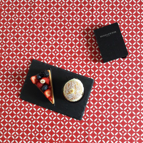 Wipe clean tablecloth Mosaic red round or oval