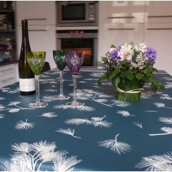 Wipe clean tablecloth Pine tree Green round or oval
